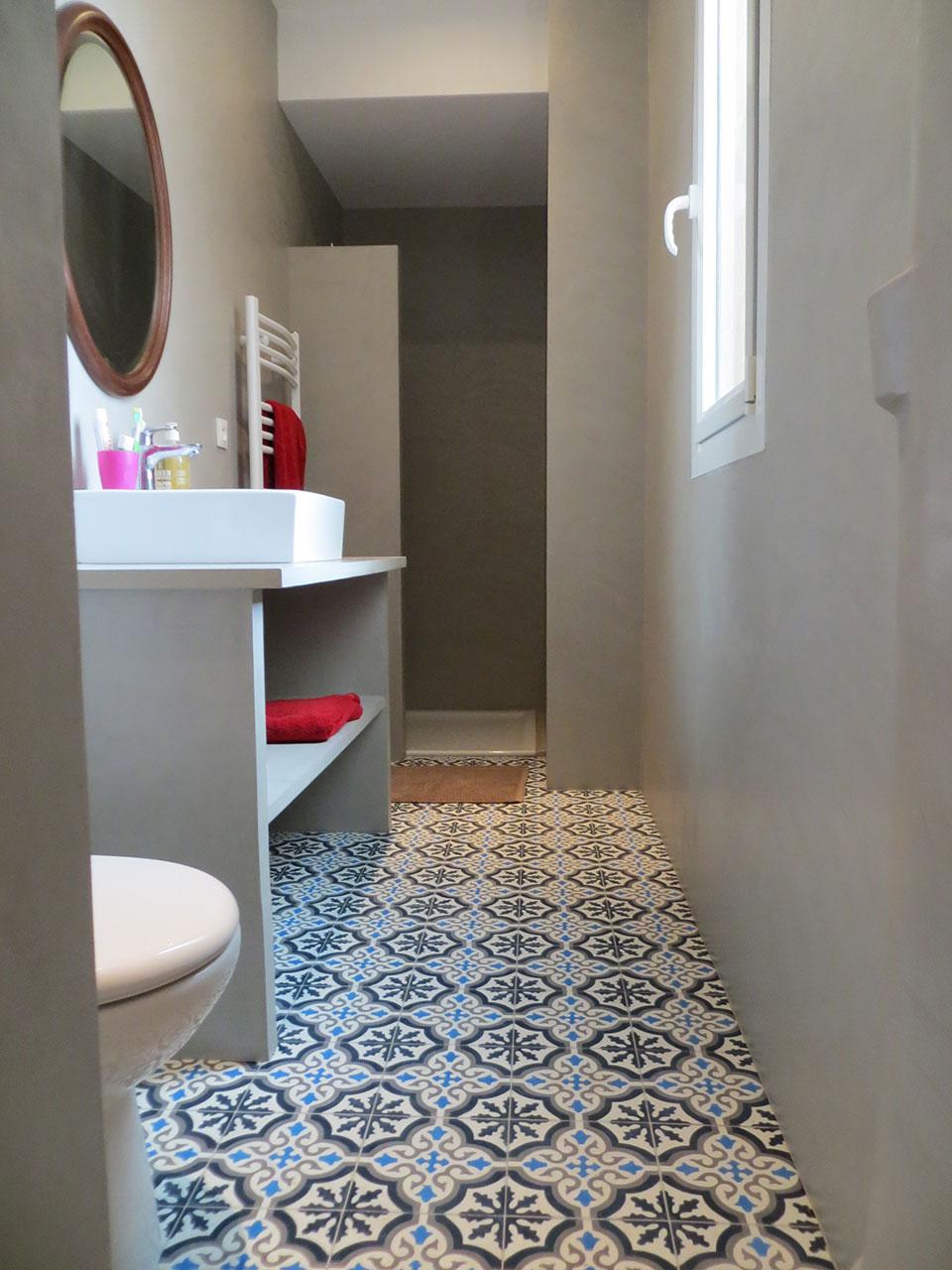 salle de bain en bton cir